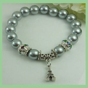 Eiffel Tower Beaded Charm Bracelet in Grey